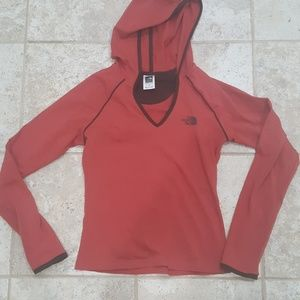 The north face hoodie S